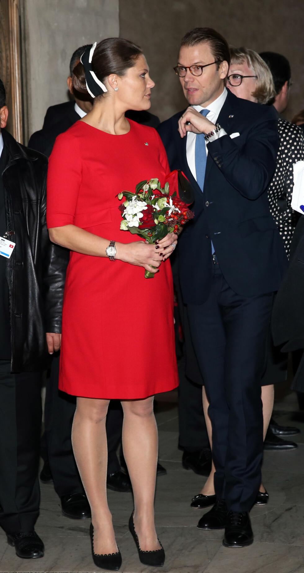 <strong>GRAVID:</strong> Kronprinsesse Victoria og prins Daniel venter barn nummer to. Her fra da det tunisiske presidentparet besøkte Stockholm i begynnelsen av november. Foto: NTB Scanpix