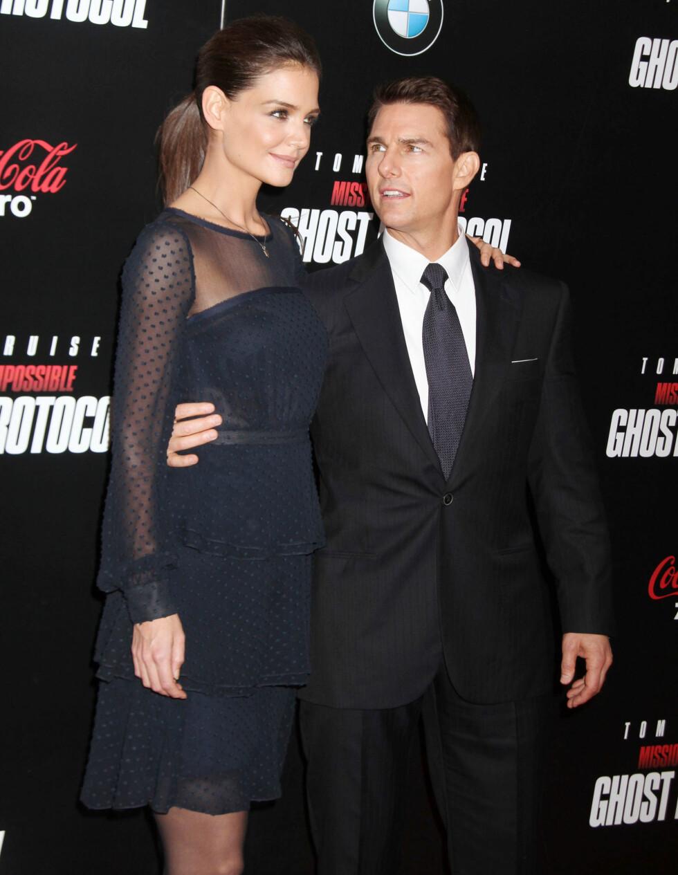 <strong>17 ÅRS FORSKJELL:</strong> Tom Cruise og Katie Holmens var et av Hollywoods hotteste par, før de to gikk hvert til sitt i 2012. De fikk datteren Suri Cruise (9) sammen. Foto: NTB Scanpix