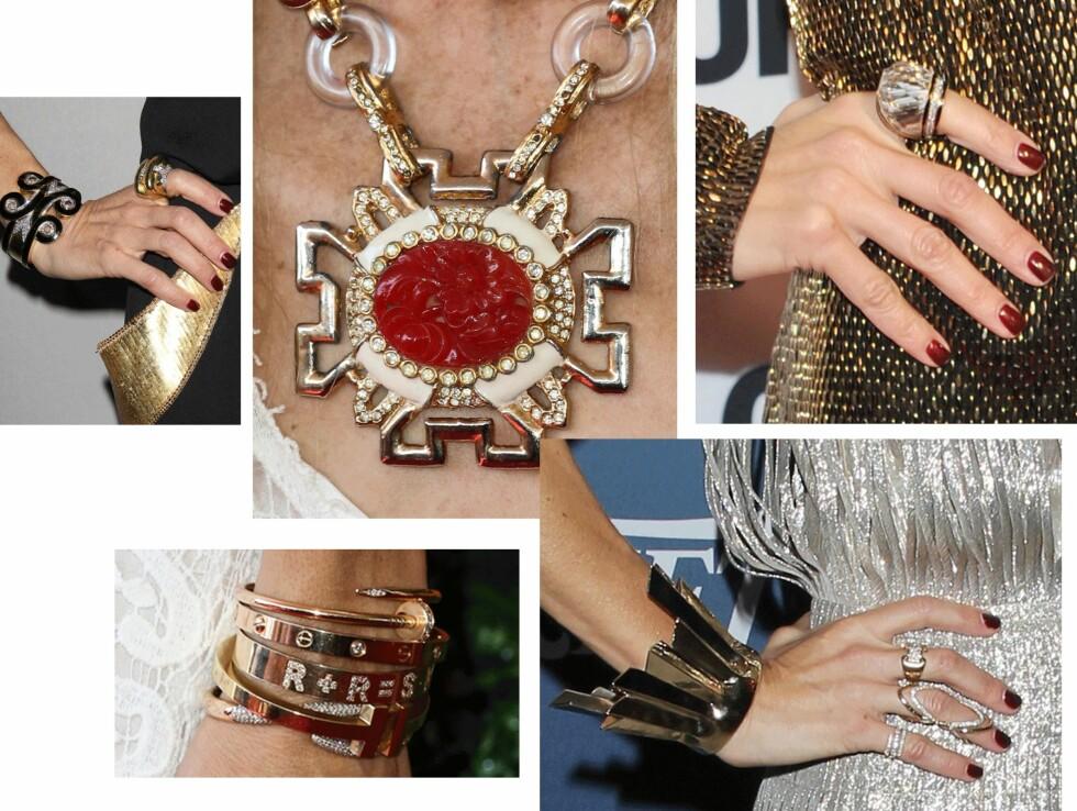 RACHEL ZOES STATEMENTSMYKKER: Her kan du se hvordan fashionistaen bruker de store smykkene! Jo større, jo bedre, og jo flere, jo bedre ser det ut til! Foto: Scanpix