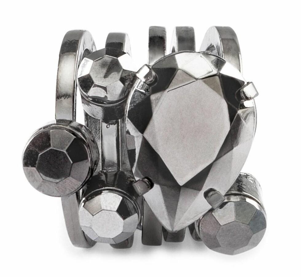 Ring (kr 60, H&M). Foto: Produsenten