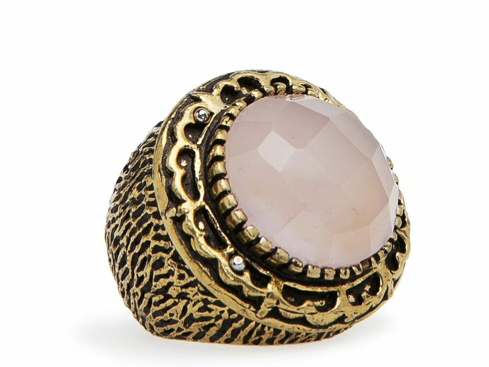 Ring (kr 300, Mango). Foto: Produsenten