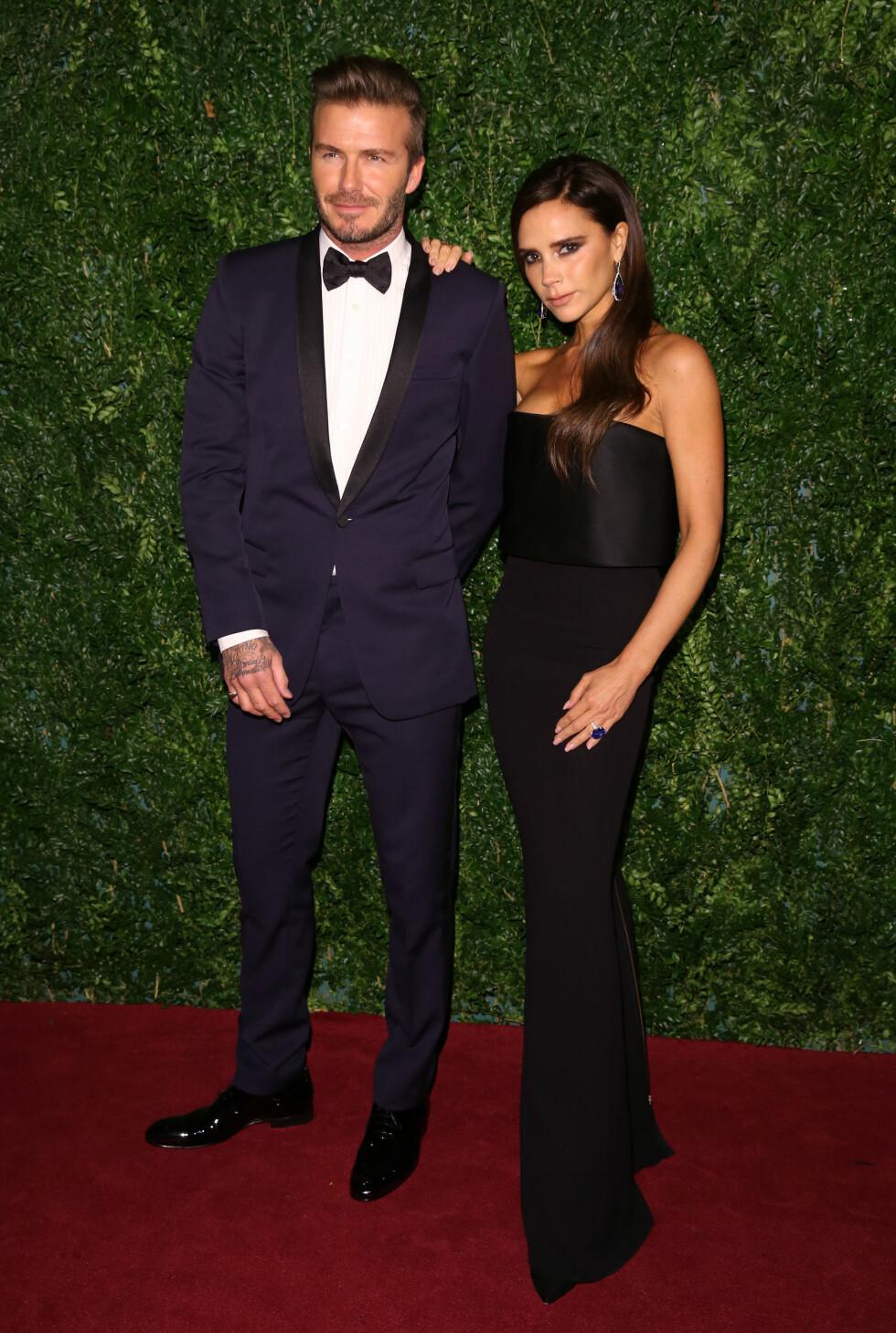 FORTSATT TILTRUKKET AV KONA: David og Victoria Beckham giftet seg i 1999. Fotballspilleren er fortsatt svært tiltrukket av designer-kona.  Foto: wenn.com