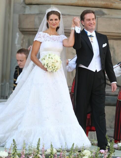 BRYLLUP: 8. juni 2013 giftet prinsesse Madeleine seg med Chris O'Neill i slottskyrkan i Stockholm - åtte måneder etter forlovelsen. De har vært et par siden 2012. Foto: NTB Scanpix