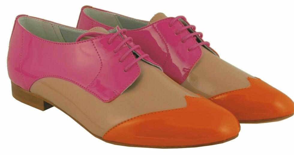 Herreinspirerte sko med friske farger (kr 1000, Tosca Blu). Foto: Produsenten