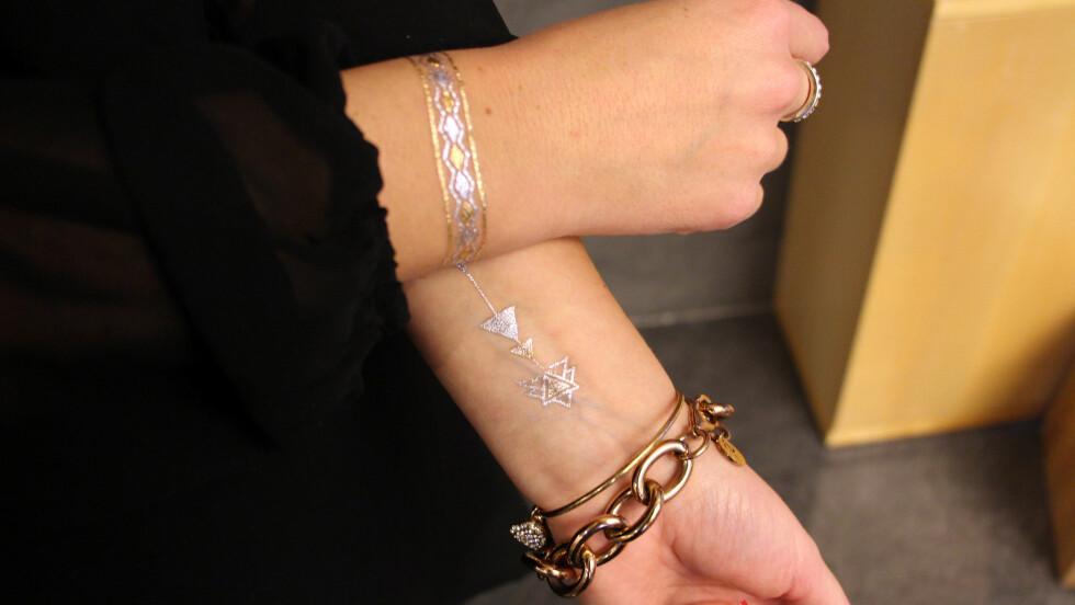 TATTISER MED ANGRERETT: Selv om det er kult med en ekte tatovering, er det veldig greit å ha en midlertid løsning når man vil pynte seg litt ekstra, uten å måtte ta turen innom tatovøren. Disse er fra Child of Wild/Flash Tattoos. Foto: Stine Therese Strand