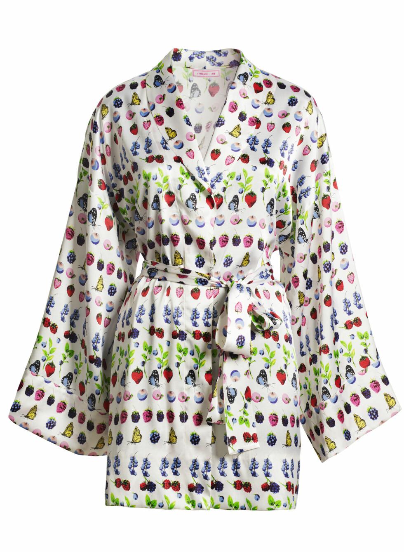 Den korte kimonomorgenkåpen er perfekt å hive over undertøy eller nattkjolen på varme sommerkvelder. Foto: Produsenten