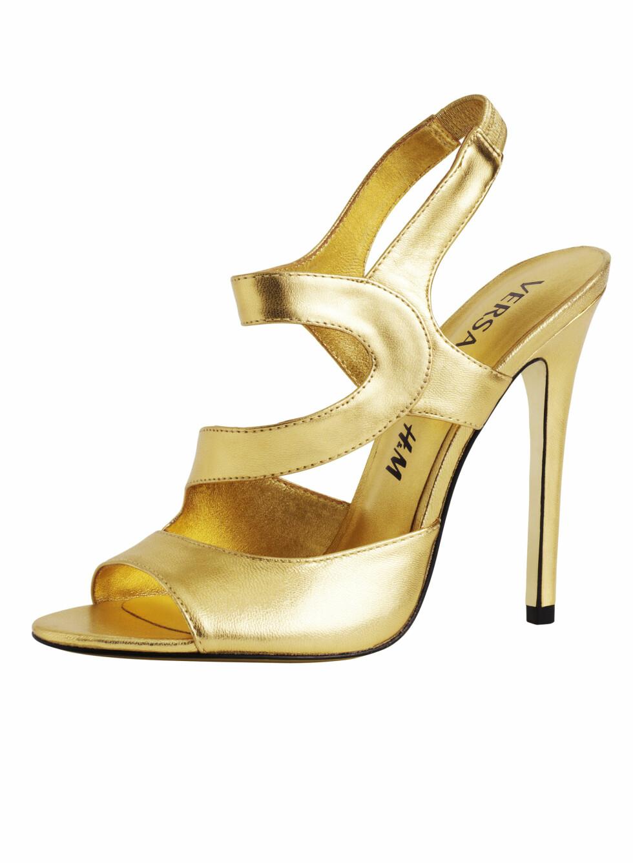 Og du får også skoene i gull, for litt ekstra glamour. Foto: Produsenten