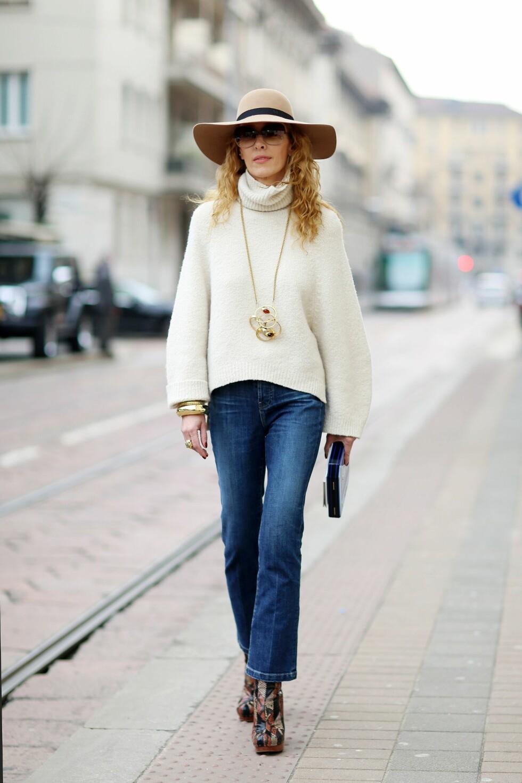 70-tallsstilen som regjerer i motebildet akkurat nå er den perfekte tiden for å omfavne hatten som et must have-tilbehør! Foto: All Over