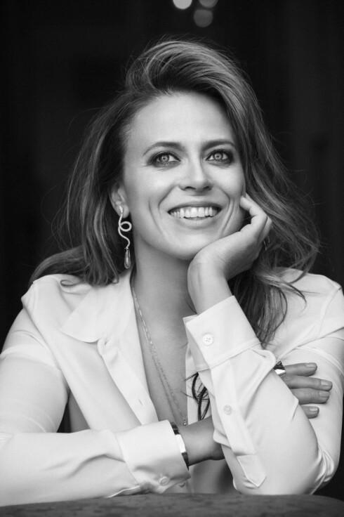 PÅ SCENEN: I høst har Ine Jansen også hovedrollen i Nationaltheatrets satiriske «Helikopter» med premiere 12. oktober, hvor hun spiller mot Trond Espen Seim. Foto: Janne Rugland