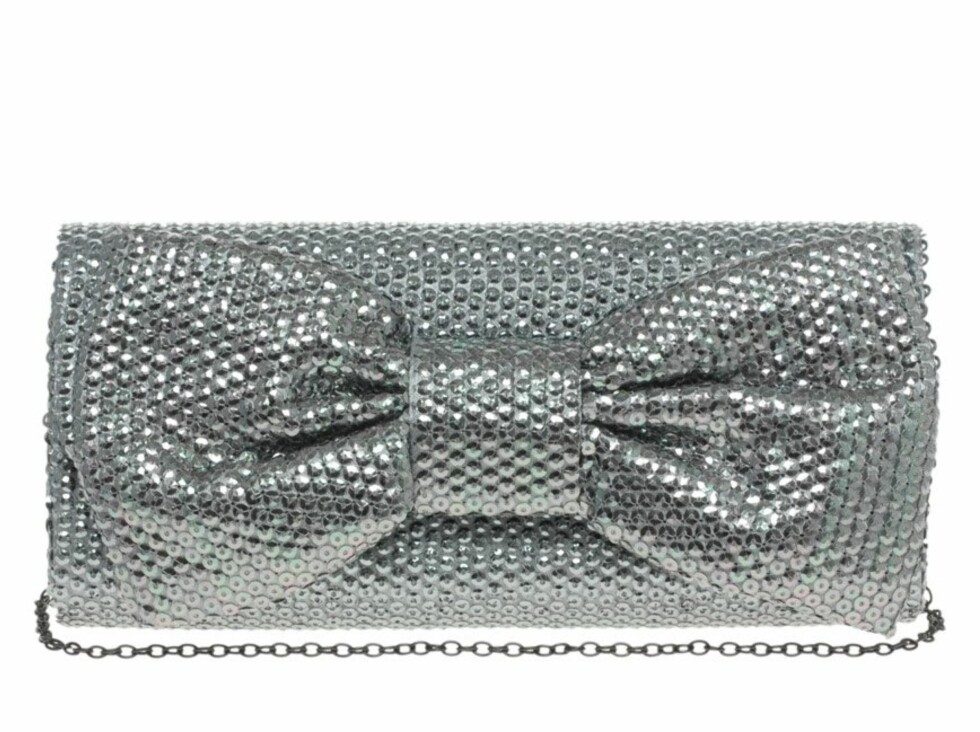 Selskapsveske med sløyfeapplikasjon (ca kr 400, Asos.com).