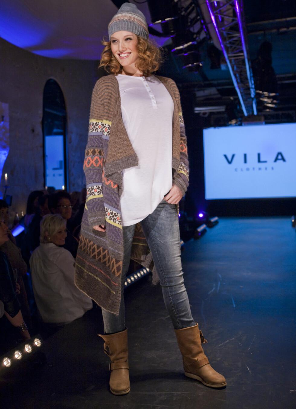 Retro strikkemønster og lett folklore: Slik vil VILA kle deg til høsten.  Foto: Per Ervland