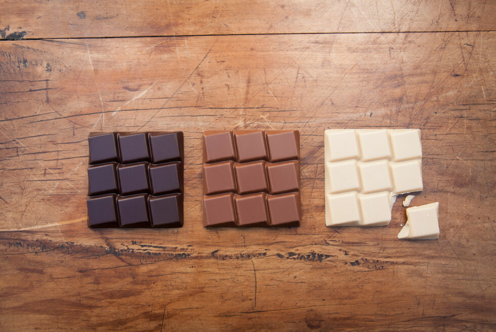 Still life with white, dark and milk chocolate Foto: All Over Press