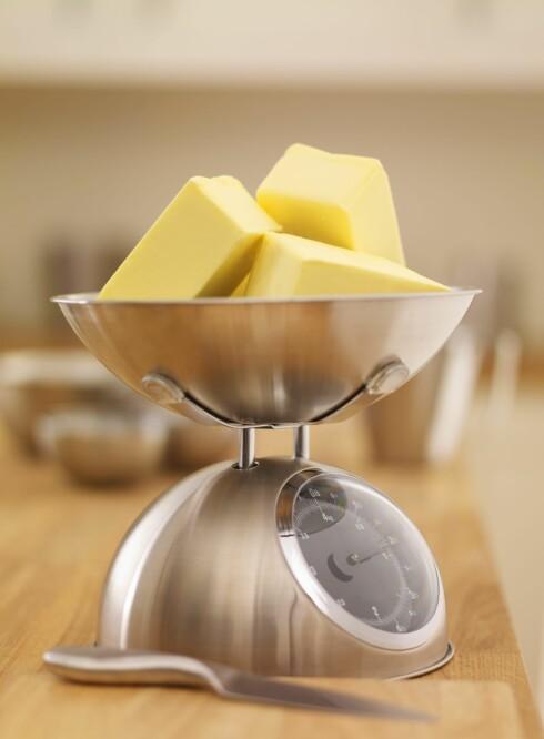 METTET FETT: Det er fortsatt slik at smør bidrar til høyt kolesterol.  Foto: All Over Press