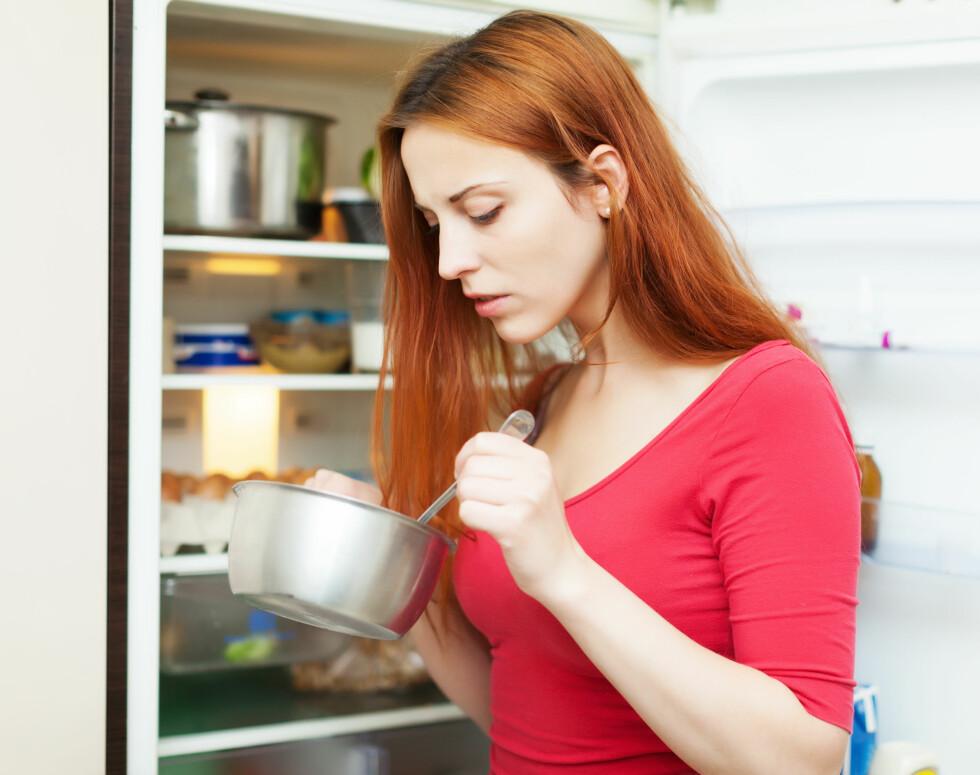 KJØL NED: Når maten kjøles ned, vil fettet stivne på overflaten. Foto: JackF - Fotolia