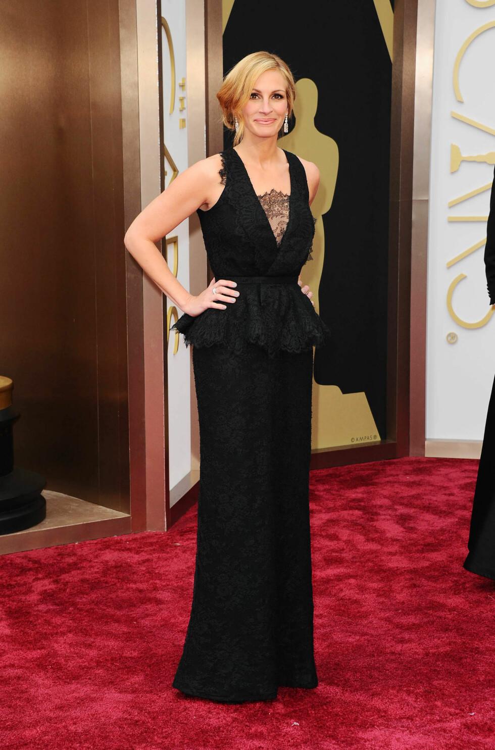 Julia Roberts i kjole fra Givenchy og smykker fra Bulgari. Foto: All Over Press