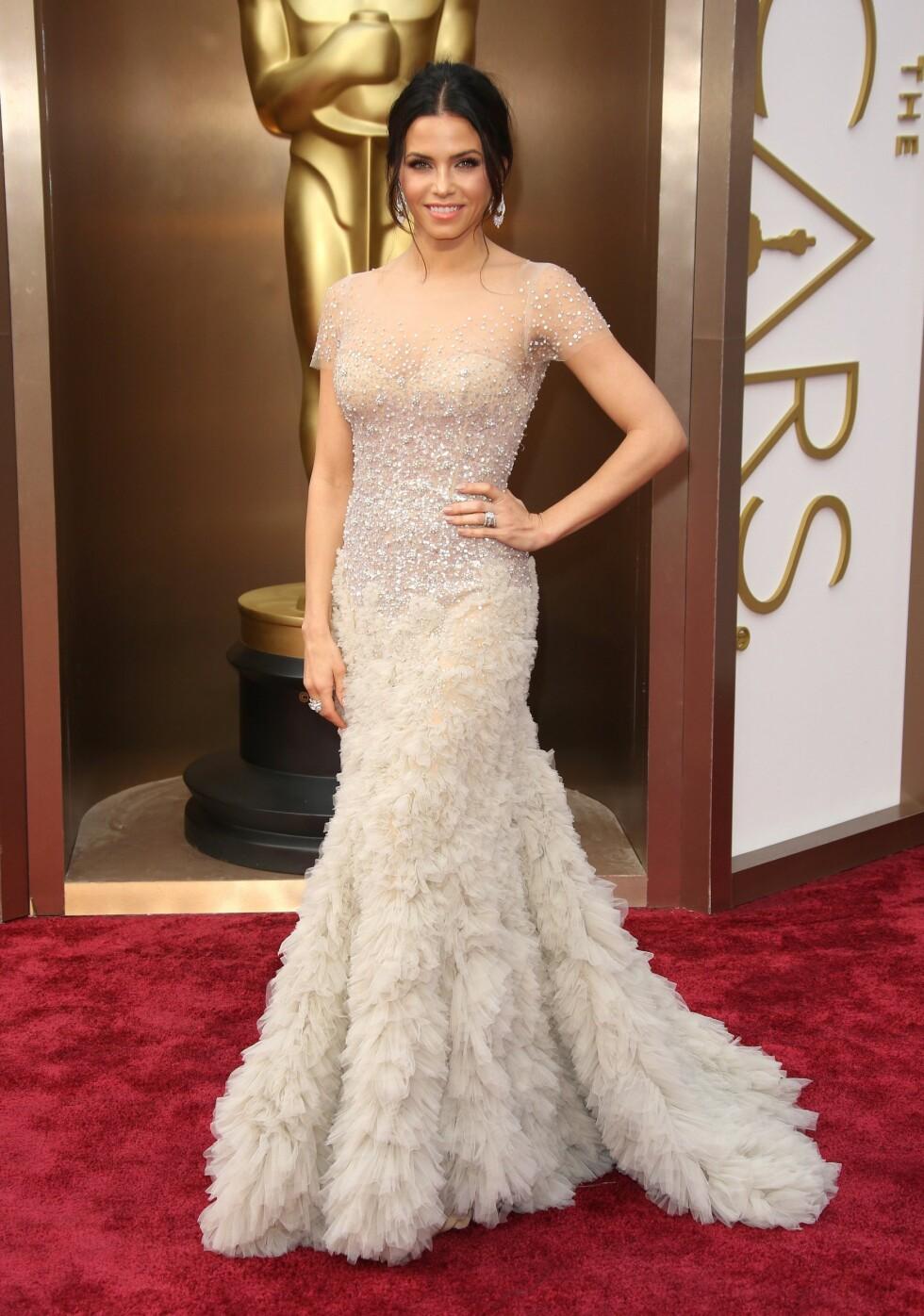 Jenna Dewan-Tatum i kjole fra Reem Acra. Foto: All Over Press