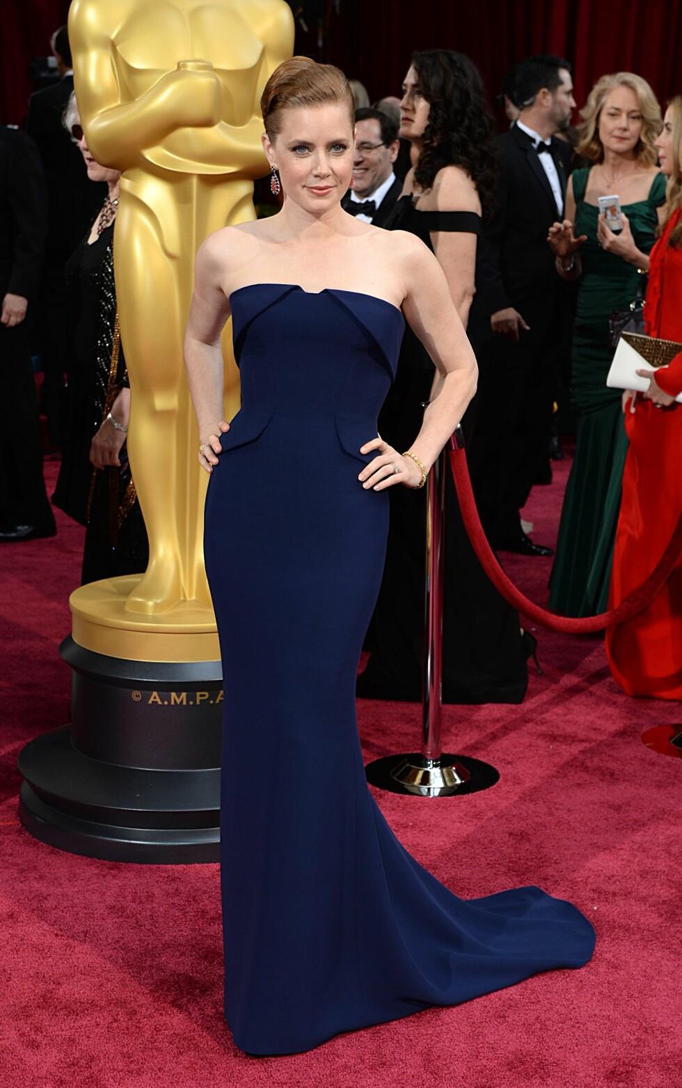 Amy Adams i kjole fra Gucci Première og smykker fra Tiffany & Co.  Foto: All Over Press