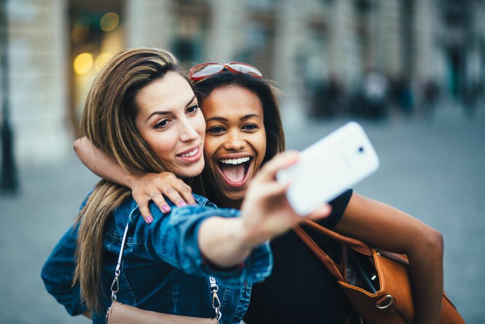 MER UTSATT: Jo mørkere hud du har i utgangspunktet, jo mer utsatt er du for pigmentforandringer i huden. Hudfargen din er også med på å avgjøre hvilken type behandling som vil fungere best for deg dersom du ønsker å fjerne eller redusere pigmenteringen i huden, forklarer ekspertene. Foto: berc - Fotolia