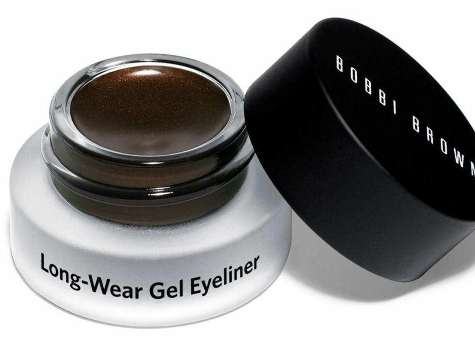 Også Bobbi Browns Long-Wear Gel Eyeliner sitter godt og er enkel i bruk. Tilgjengelig hos bl.a. Steen & Strøm, ca. kr 190. Foto: Produsenten