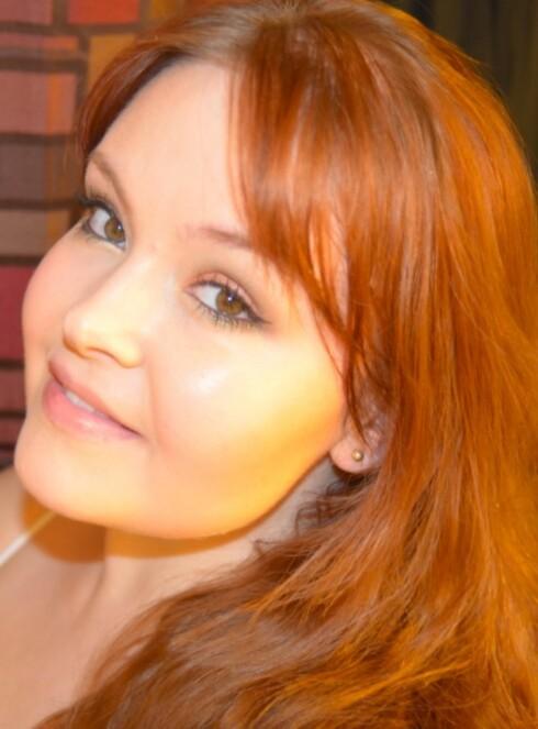 Hilde Christina har selv slitt med akne og elsker å hjelpe andre med problemhud.  Foto: Privat