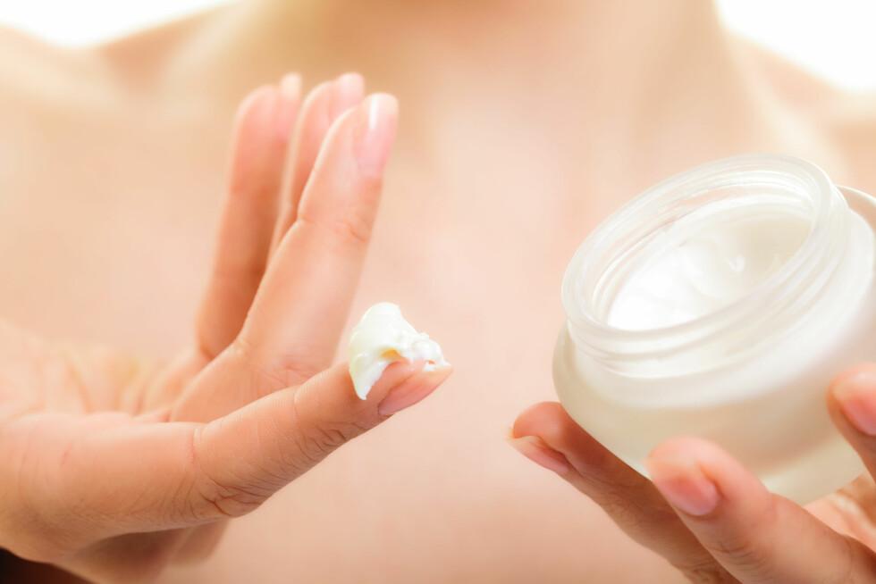 <strong>SYREPRODUKTER:</strong> Disse produktene har den effekten at de renser huden fra innsiden.  Foto: Voyagerix - Fotolia