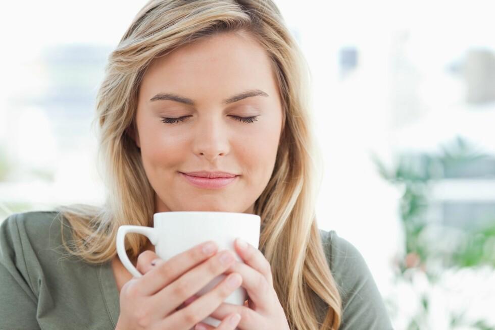 KAFFE: Diabetikere bør bytte ut frokosten med en kopp kaffe og heller spise en stor lunsj.  Foto: Getty Images