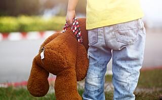 Er barnet ditt redd for å overnatte hos andre?