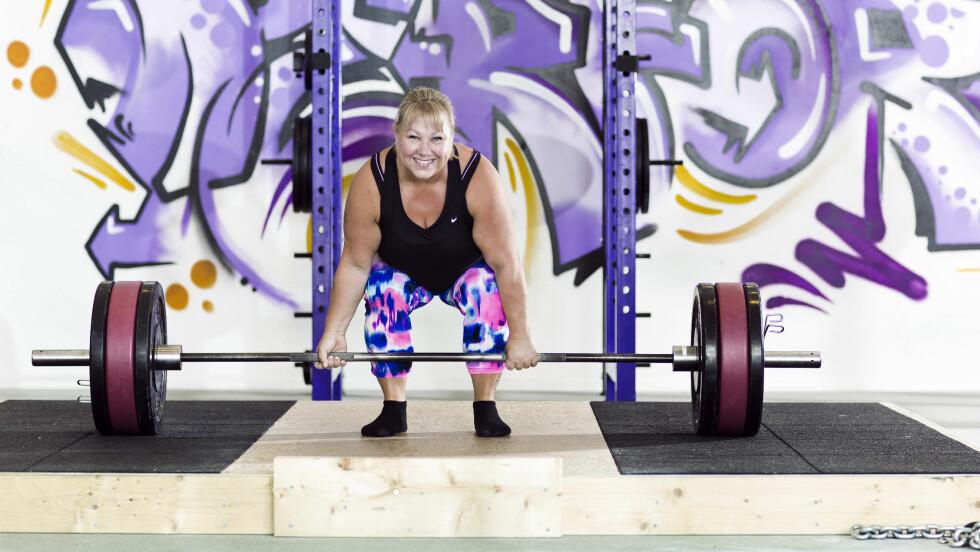 VM I STYRKELØFT: Det er bare ett år siden Anne-Lise Kristiseter begynte seriøst med styrkeløft. Nå er hun klar for NM. Foto: Astrid Waller