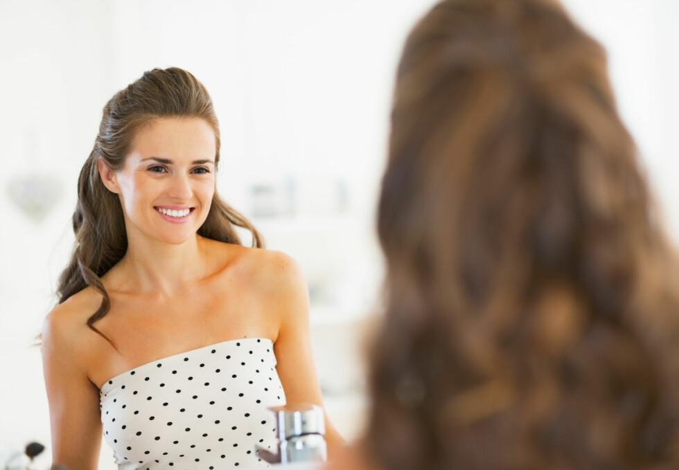 TENK POSITIVE TANKER: Det viktigste grepet for å øke selvtilliten og selvfølelsen din, er å snu tankemønsteret ditt. Hver gang du har en negativ tanke, gjelder det å snu den til noe positivt. Foto: Fotolia