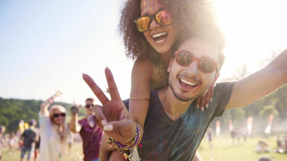 HOMOFIL VENN: Det er ikke uten grunn at mange kvinner elsker å ha en homofil bestevenn ifølge ekspertene. Foto: Shutterstock / gpointstudio