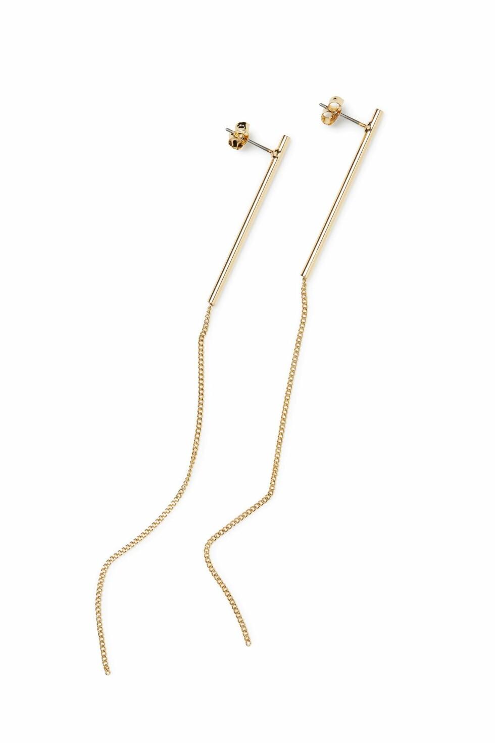 Øredobber fra Weekday   kr 80   http://shop.weekday.com/se/Womens_shop/Jewellery/Skinny_Earring/10873262-8496933.1#c-47958