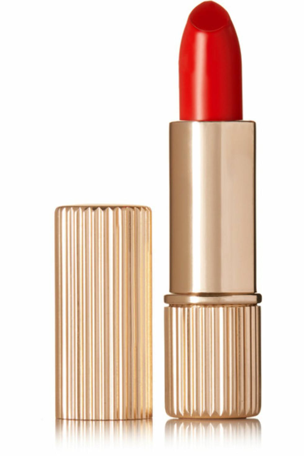 Leppestift fra Victoria Beckham Estee Lauder via Net-a-porter.com | kr 397 | https://www.net-a-porter.com/no/en/product/821576/victoria_beckham_estee_lauder/lipstick---chilean-sunset