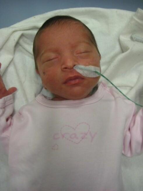 NYFØDT BABY: Miriam husker datteren Céline som livlig og frisk. Hun ble bare litt over 1 måned gammel. Foto: Privat