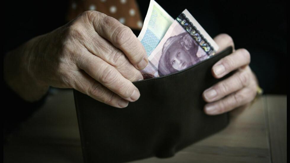 PENSJON: For å sikre deg mest mulig pensjon når du blir eldre, er det viktig å følge med på avtalene du har nå. Foto: NTB scanpix
