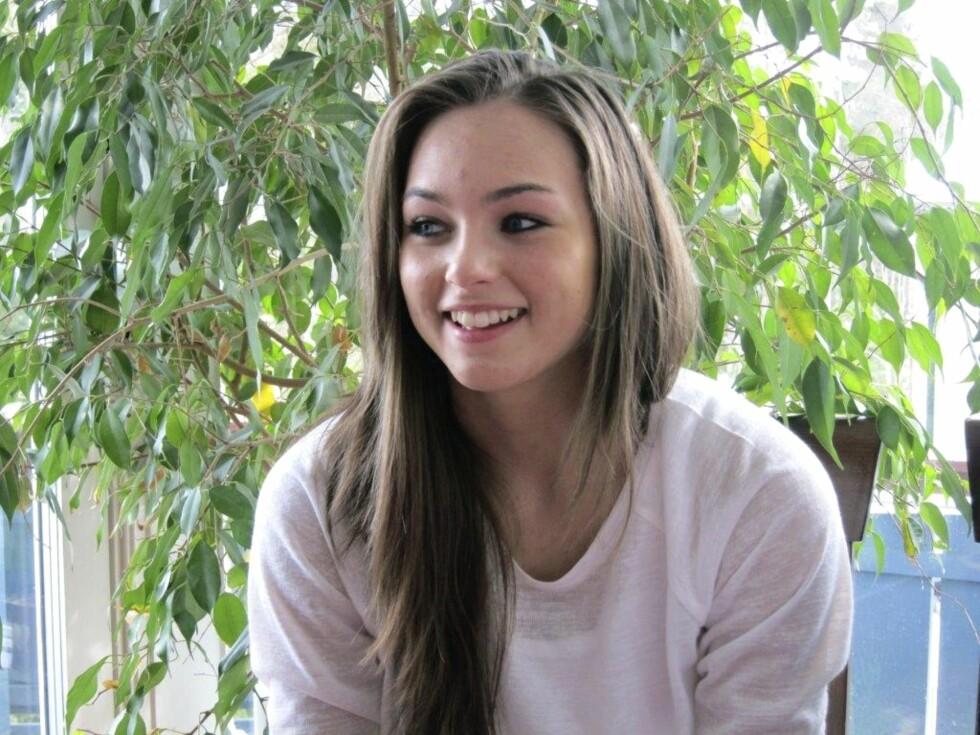TRAFIKKULYKKE: Hestejenta Mina var bare 18 år da hun døde i en trafikkulykke.  Foto: Privat