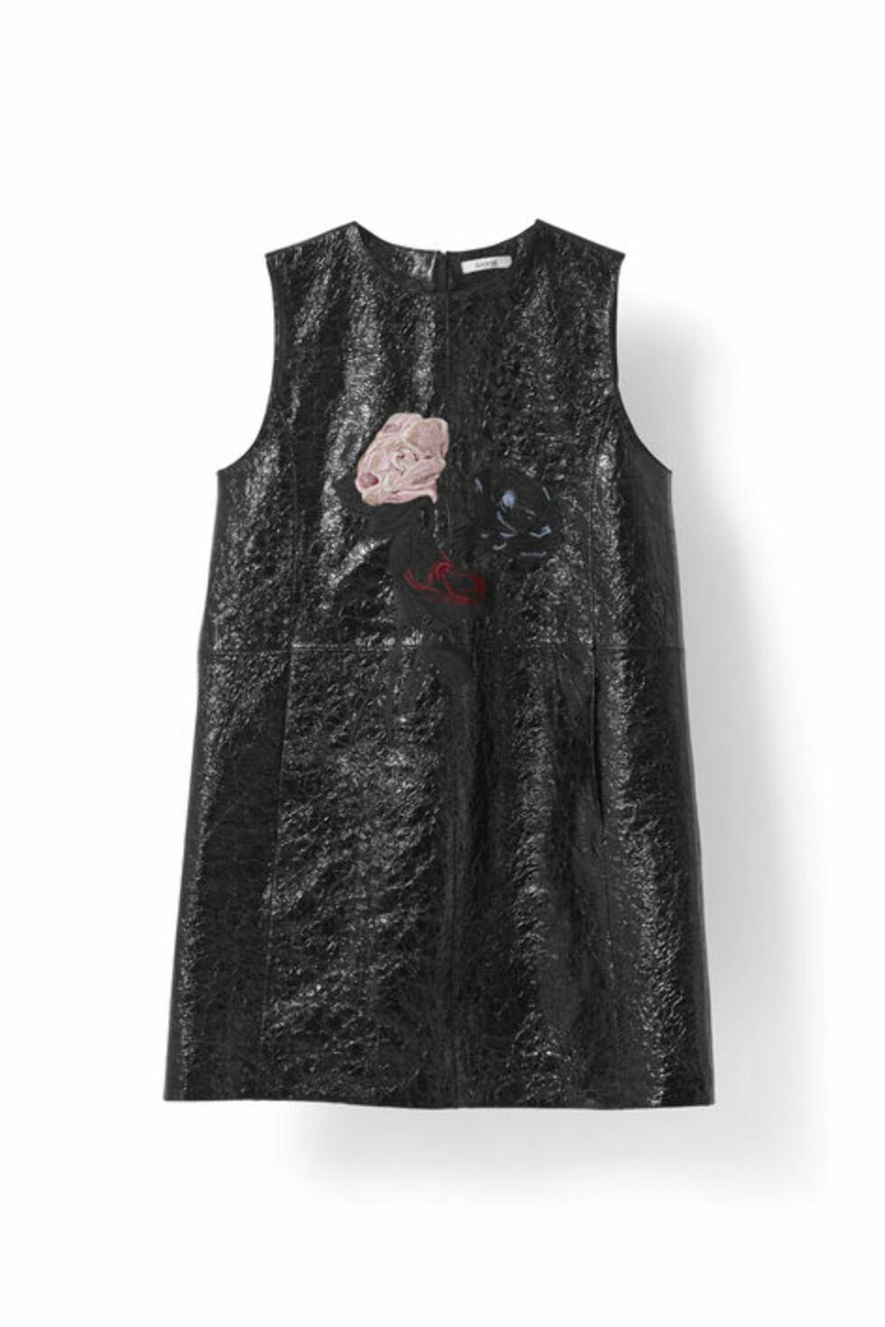Kjole fra Ganni | kr 8 399 | http://www.ganni.com/shop/dresses/scott-leather-dress/F1440.html?dwvar_F1440_color=Black