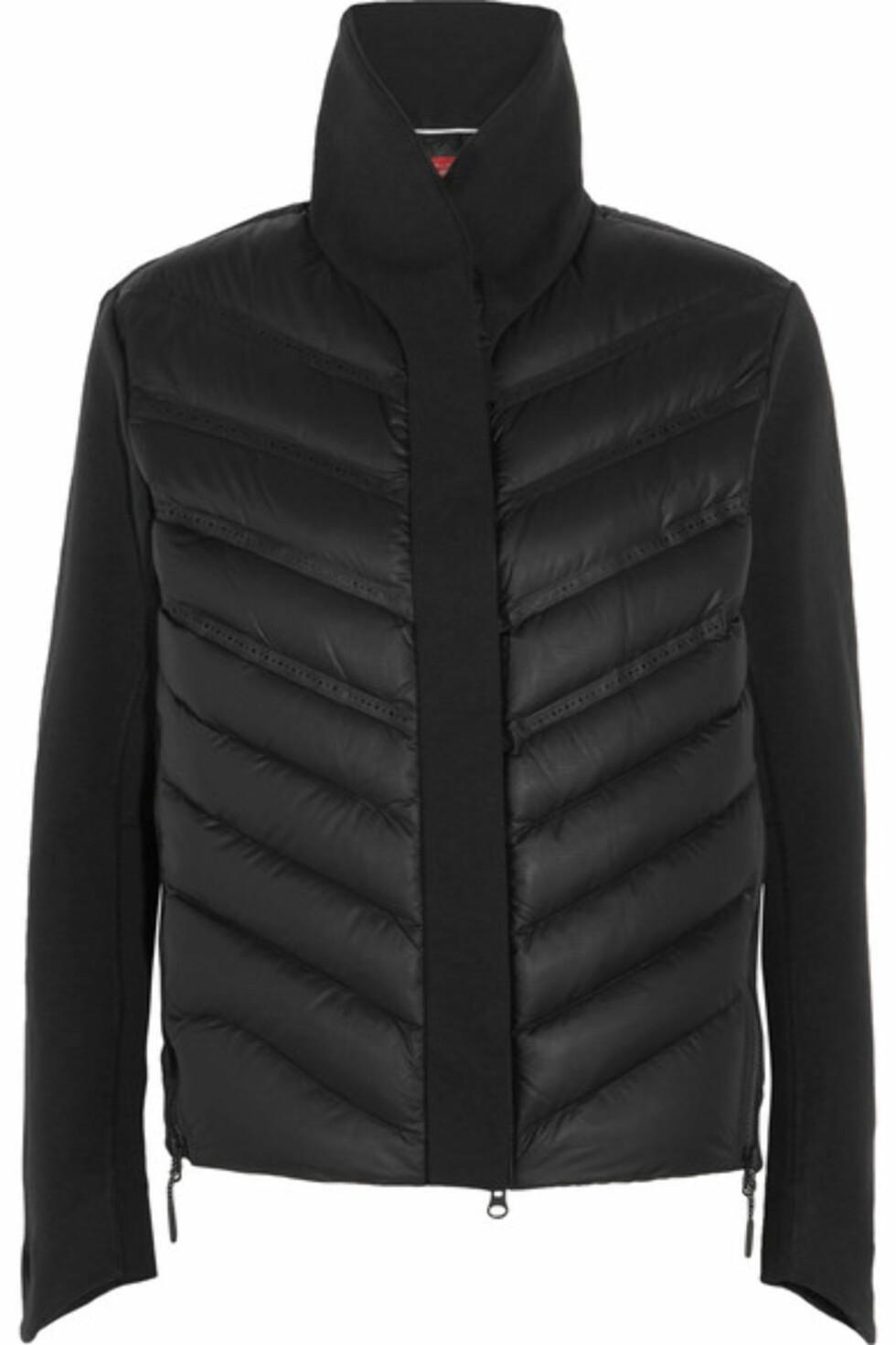 Jakke fra Nike via Net-a-porter.com | kr 1954 | https://www.net-a-porter.com/se/en/product/762299/nike/aeroloft-quilted-shell-and-tech-fleece-jersey-down-jacket