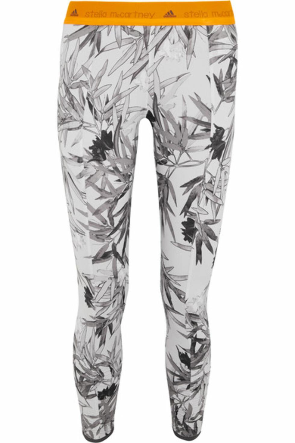 Tights fra Adidas By Stella McCartney via Net-a-porter.com | kr 796 | https://www.net-a-porter.com/se/en/product/718046/adidas_by_stella_mccartney/yoga-bamboo-printed-climalite--stretch-jersey-leggings?cm_mmc=LinkshareUK-_-oaQeNCJweO0-_-Custom-_-LinkBuilder&siteID=oaQeNCJweO0-yZsCc2.Az4E.eey3s1KCpQ