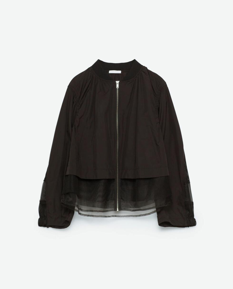 <strong>Jakke fra Zara | kr 299 | http:</strong>//www.zara.com/no/no/salg/dame/gymwear/kombinert-jakke-med-netting-c828224p3678609.html