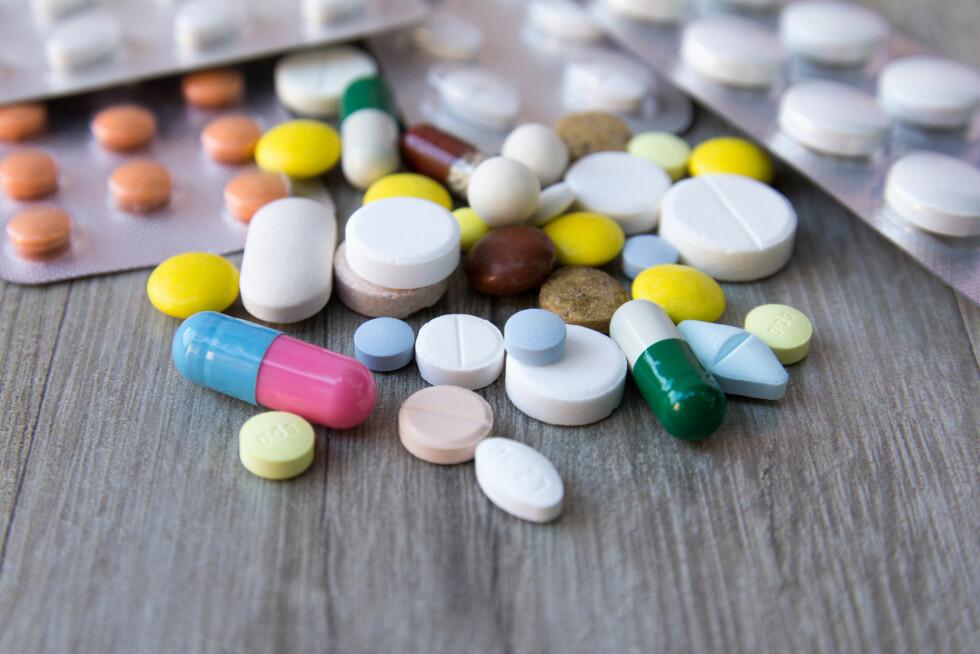 VEKTØKNING AV MEDISINER: Ifølge Felleskatalogen har over 500 legemidler i Norge vektøkning som mulig bivirkning.  Foto: Shutterstock / VonaUA
