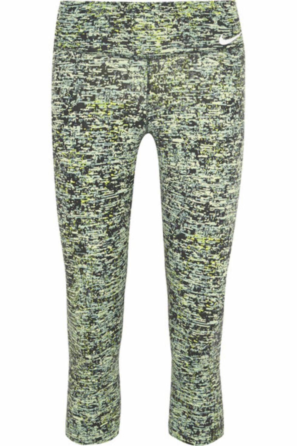 Tights fra Nike via Net-a-porter.com | kr 705 | https://www.net-a-porter.com/se/en/product/762321/nike/power-legendary-printed-dri-fit-stretch-jersey-leggings?cm_mmc=LinkshareUK-_-oaQeNCJweO0-_-Custom-_-LinkBuilder&siteID=oaQeNCJweO0-LgU0VP9pYso0h.5ydr.eIQ