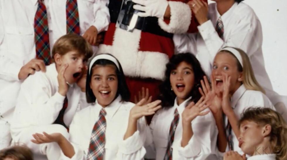 TIDLIG 90-TALLET: Det komiske julebildet. Her med flere enn kun The Kardashians.  Foto: Xposure
