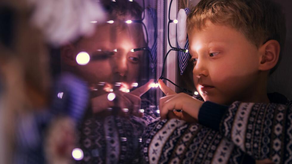 ENSOM I JULA: - Julen er som et forstørrelsesglass, også for barn, sier Kristin Oudmayer i Unicef. Mange barn føler seg ensomme i julen.  Foto: Scanpix