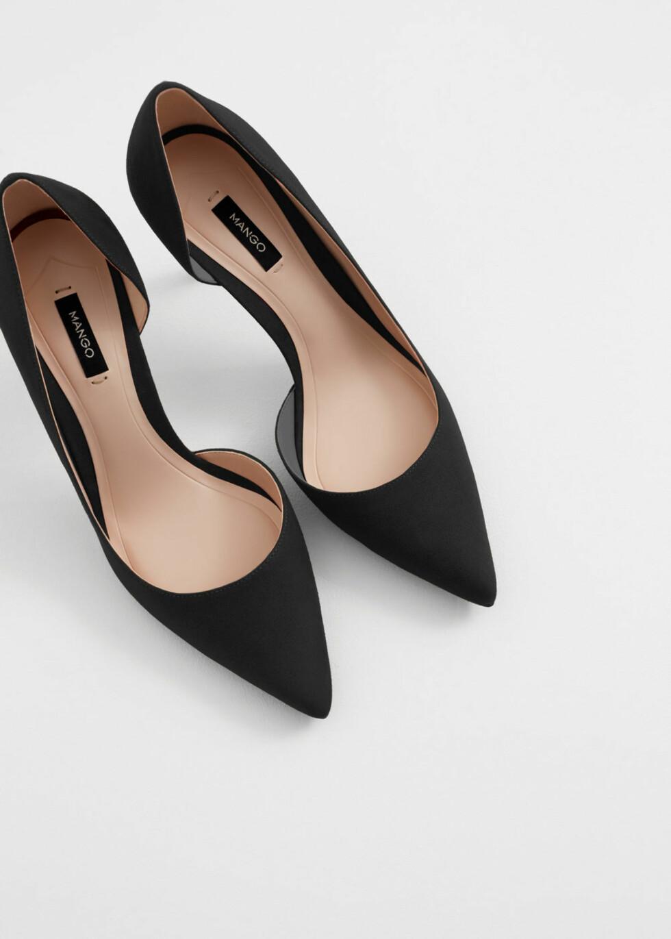 Hæler fra Mango | kr 349 | http://shop.mango.com/NO/p1/damer/tilbeh%C3%B8r/sko/h%C3%B8yh%C3%A6lte-sko/pensko?id=73040296_99&n=1&s=accesorios&ts=1480675576670