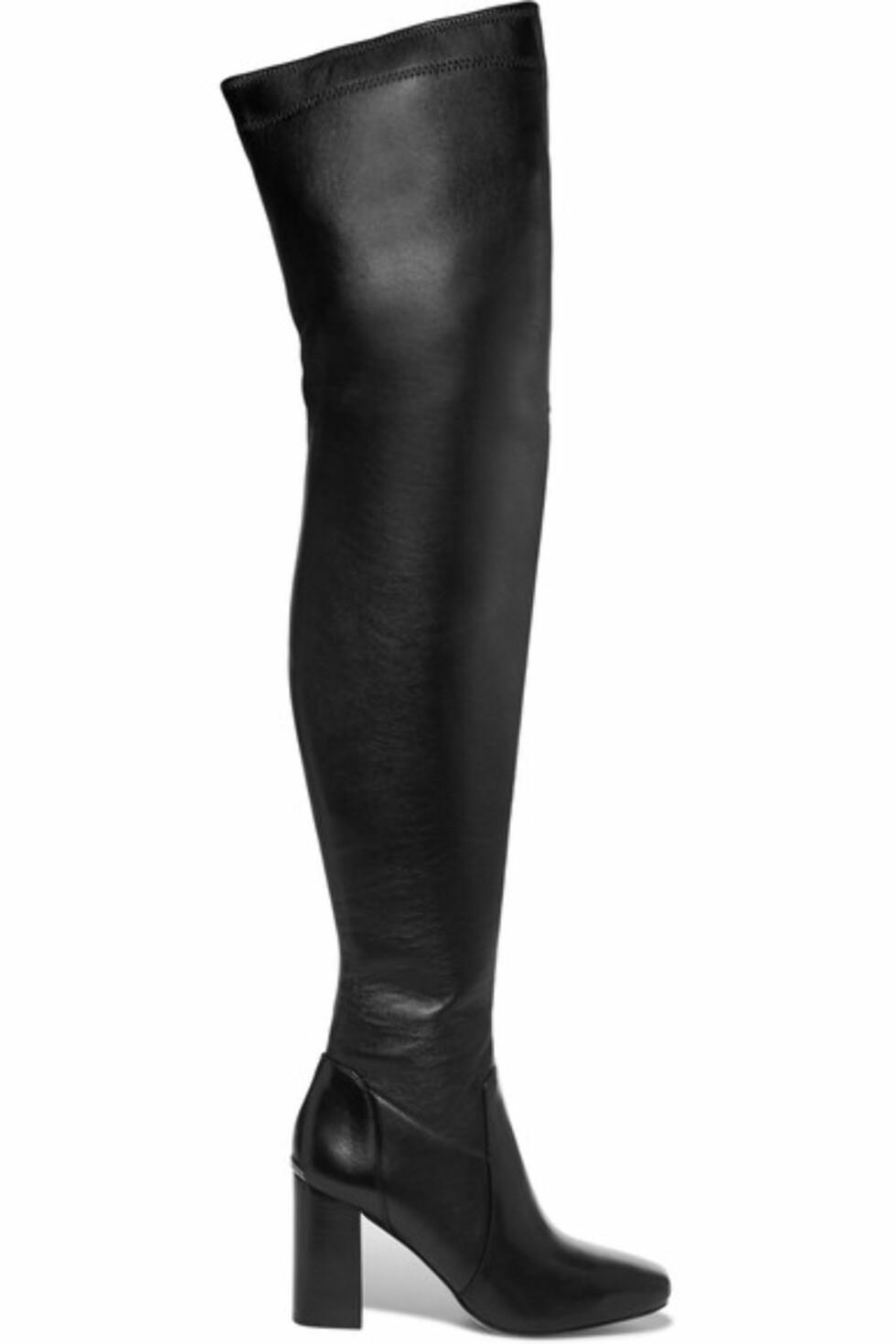 Støvletter fra Michael Kors via Net-a-Porter.com | ca. kr 3600 | https://www.net-a-porter.com/no/en/product/738175/michael_michael_kors/chase-leather-over-the-knee-boots