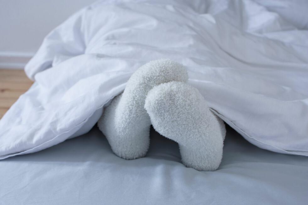 VARM PÅ FØTTENE: Nakensoving er bra, men pass på at du ikke fryser på føttene. Foto: All Over Press
