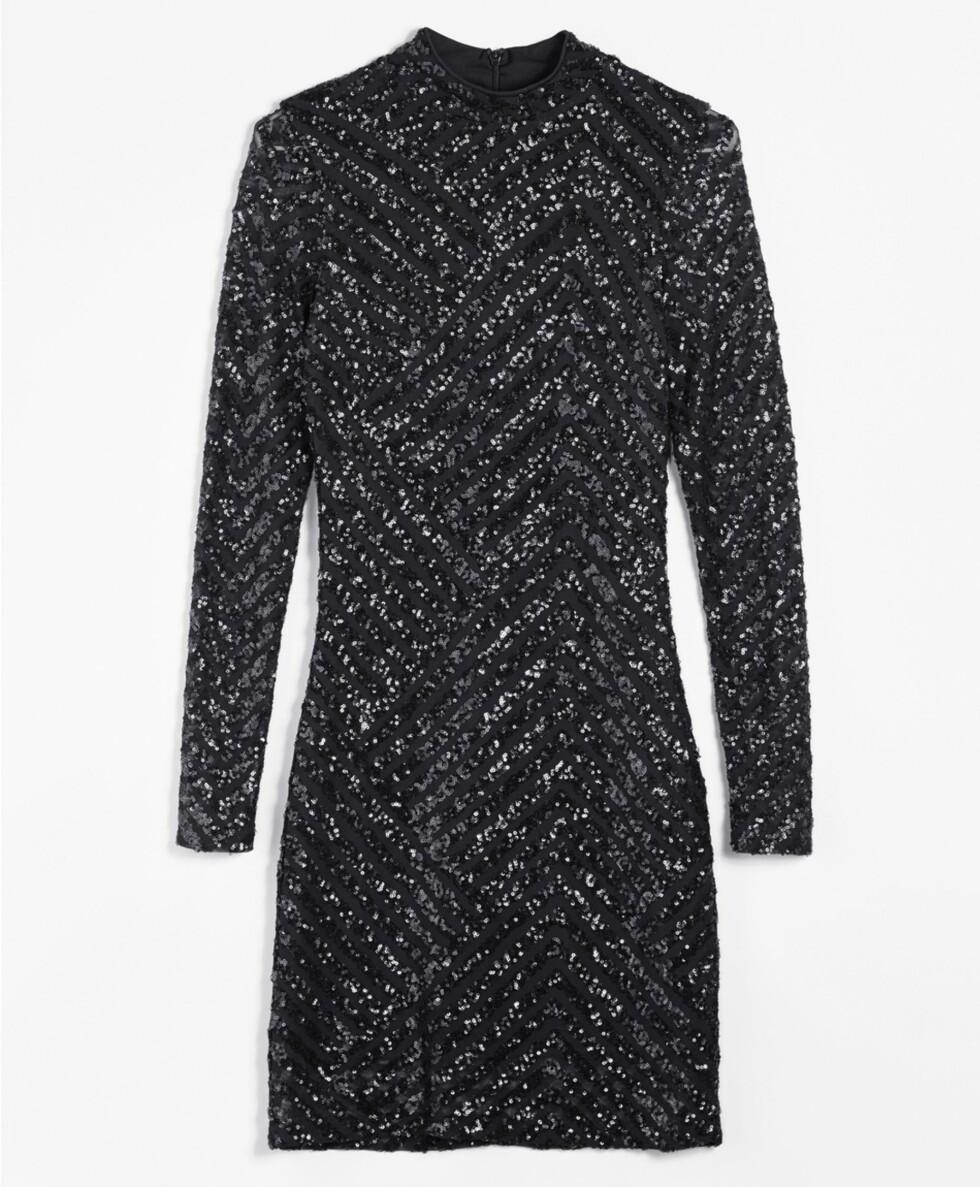 <strong>Kjole fra Gina Tricot   kr 499   http:</strong>//www.ginatricot.com/cno/no/kolleksjon/klar/kjoler/rose-sequins-dress/prod756239000.html