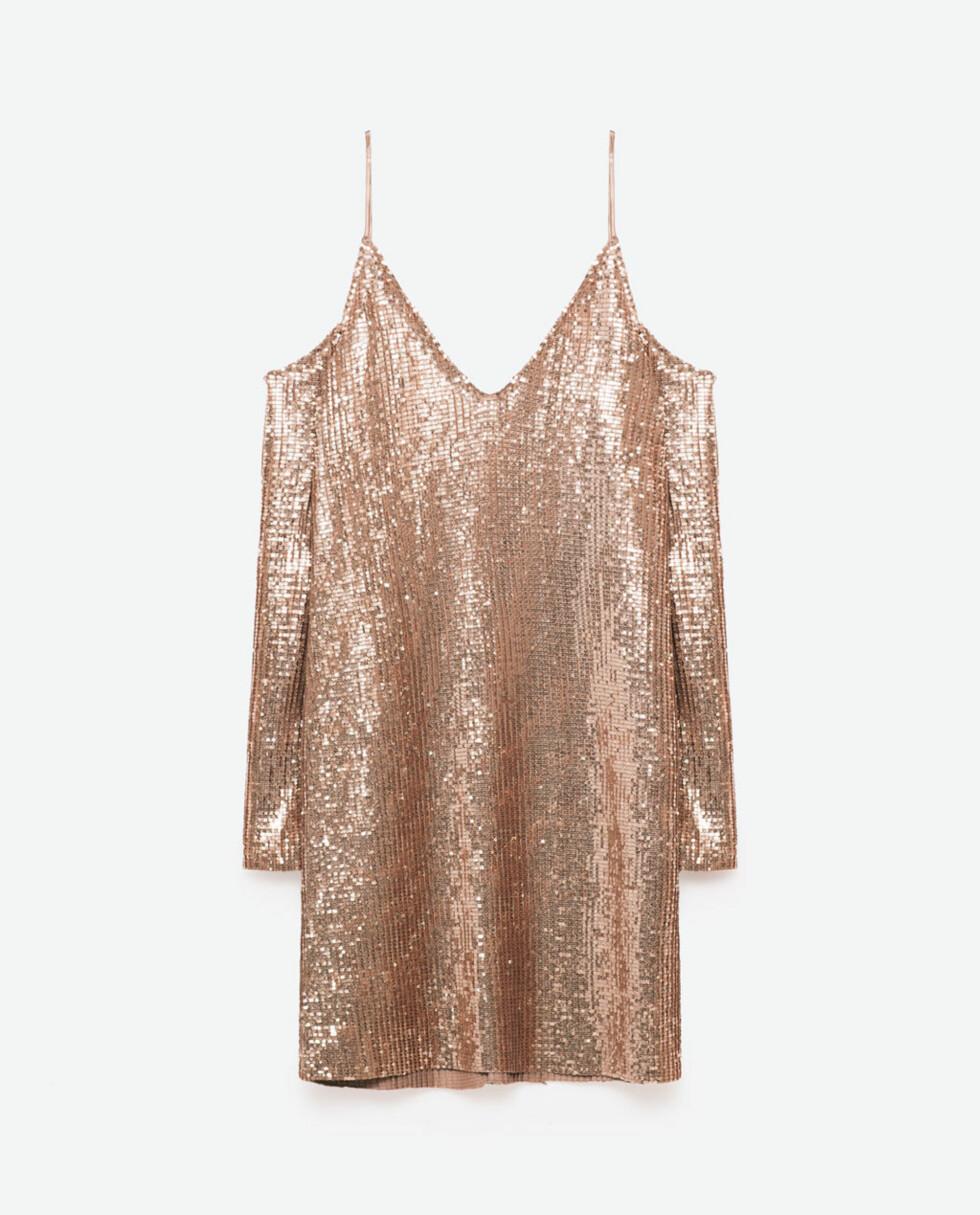 <strong>Kjole fra Zara   kr 559   http:</strong>//www.zara.com/no/no/dame/kjoler/kjole-med-cut-out-skuldre-c269185p3829070.html