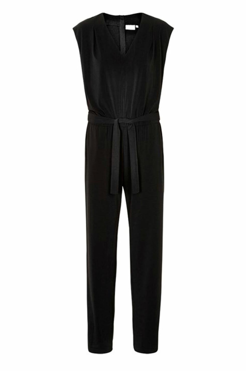 Jumpsuit fra Inwear via Ellos.no (20 prosent) | kr 960 | https://track.adtraction.com/t/t?a=1068408670&as=1115634940&t=2&tk=1&url=http://www.ellos.no/inwear/jumpsuit-tilly/542417?N=1z13teqZ1z141pu&Ns=RankValue4|1&Nao=16&selArt=325044&pr=0S1B2C3T