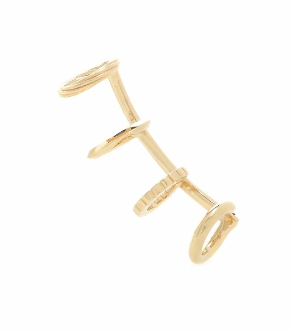 Ear cuff fra Saint Laurent via Mytheresa.com (30 prosent) | kr 2743 | http://www.mytheresa.com/eu_en/armure-18kt-gold-plated-silver-ear-cuff-578994.html?catref=category